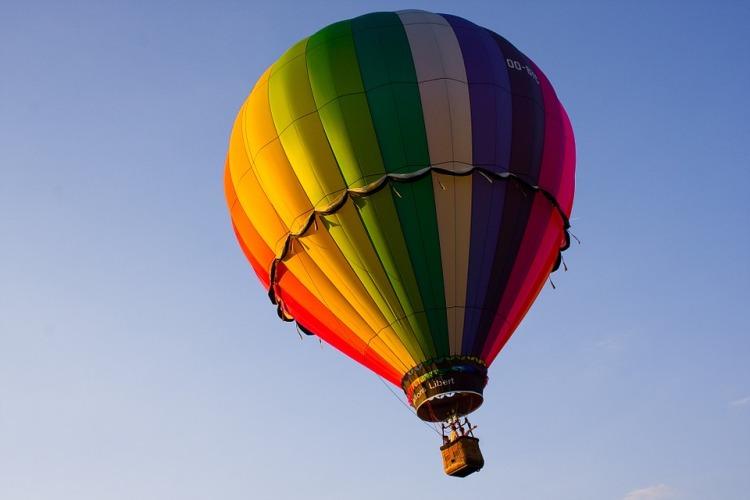 rainbow balloon