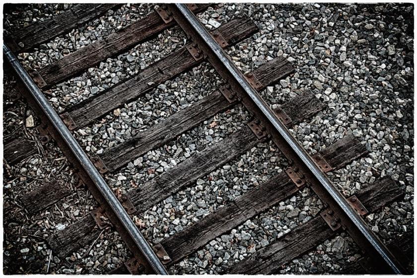 railroad-615404_960_720