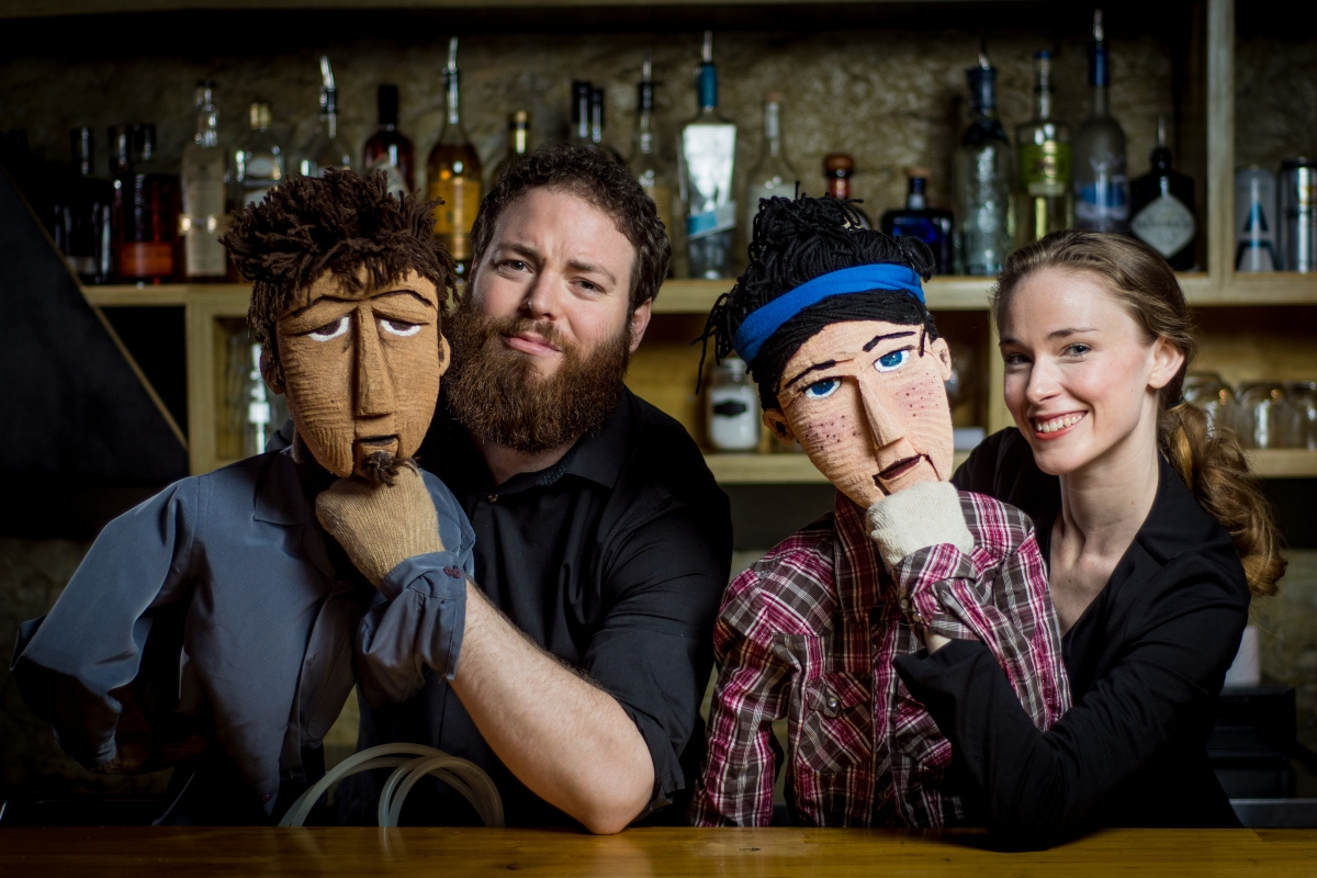 Toronto Fringe: So much big puppet fun in the hilariously playful, genuine Bendy Sign Tavern