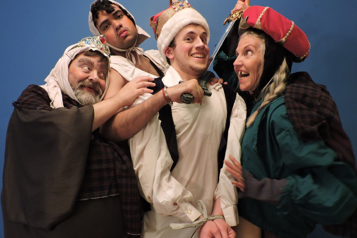 Toronto Fringe: Bawdy, silly good times with Macbeth in the wacky fun Weirder Thou Art