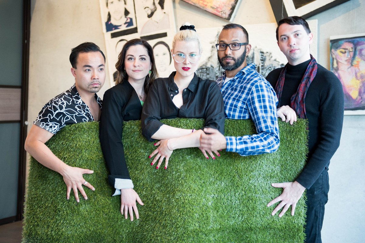 Toronto Fringe: Art, friendship & astroturf in the quirky, edgy, hilarious The Grass is Greenest at the Houston Astrodome
